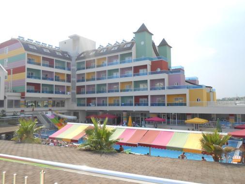 卡洛爾斯賽德酒店 - 式 - 賽德 - 錫德 - 建築
