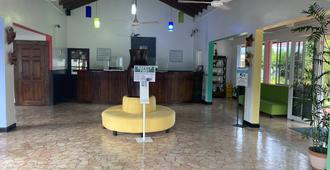 Toby's Resort - Montego Bay - Receção