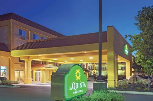 La Quinta Inn & Suites by Wyndham Boise Towne Square - Boise - Building