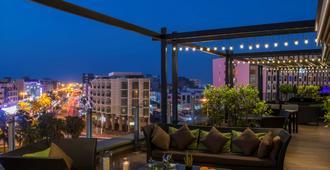 Swissotel Living Al Ghurair - Dubai - Varanda