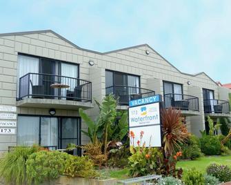 Apollo Bay Waterfront Motor Inn - Apollo Bay - Building
