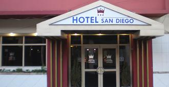 San Diego Hotel - Asuncion - Building