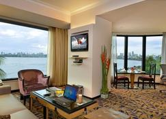 Hotel Marine Plaza - Mumbai - Stue