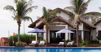 Blue Bay Mui Ne Resort & Spa - Mũi Né - Pool