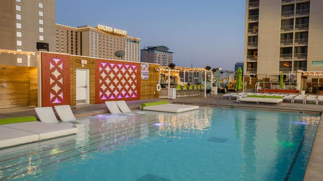 Plaza Hotel & Casino - Las Vegas - Pool