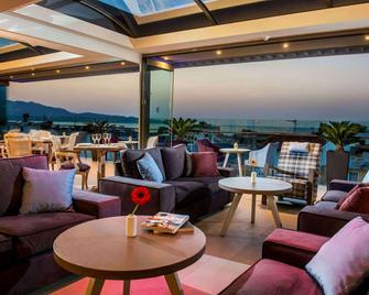 Castello City Hotel - Heraklion - Bar
