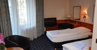 Karaman Group Hotel - Bad Nenndorf - Habitación