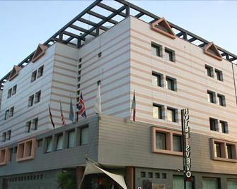 Hotel Svevo - Gioia del Colle - Gebäude