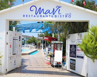 Mavi Restaurant & Bistro - Didim - Outdoors view