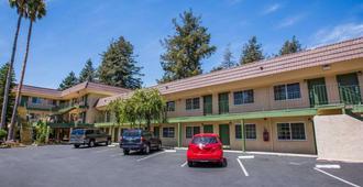 Quality Inn Santa Cruz - Santa Cruz - Gebäude