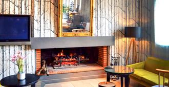 Mercure Carcassonne La Cite Hotel - קרקסון - מסעדה