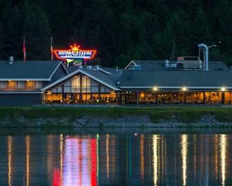 Best Western Plus Kootenai River Inn Casino & Spa - Bonners Ferry - Edificio