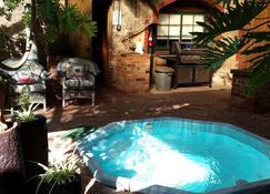 Eagle Foundry Bed & Breakfast - Tanunda - Pool