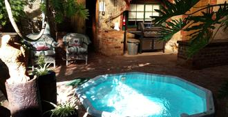 Eagle Foundry Bed & Breakfast - Tanunda - Pool