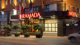 Ramada by Wyndham Naples - Νάπολη - Κτίριο