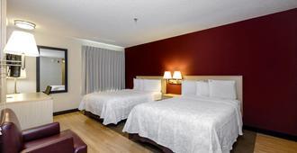 Red Roof Inn Plus+ Gainesville - Gainesville - Makuuhuone