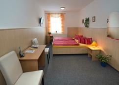 Penzion Jasmín - Reichenberg - Schlafzimmer