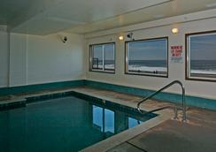 Sandcastle Beachfront Motel - Lincoln City - Uima-allas