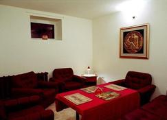 Villa Severin - Kaliningrad - Living room