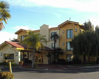 La Quinta Inn by Wyndham Stockton - Stockton - Building