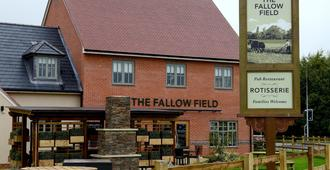 Fallow Field, Telford by Marston's Inns - Telford - Building