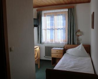 Weisses Rössl Werfen - Верфен - Bedroom