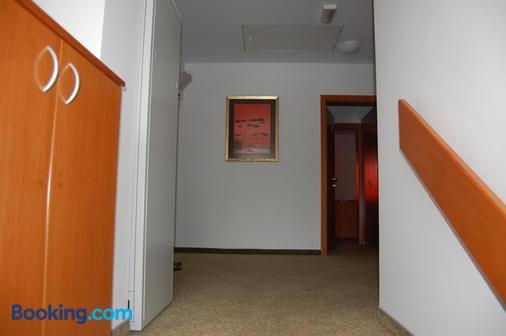 Penzion Pri Slovenc - Ljubljana - Hallway