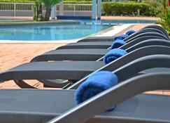 Meru Suites at Meru Valley Resort - Ipoh - Piscina