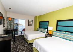 Shephard's Beach Resort - Clearwater Beach - Bedroom