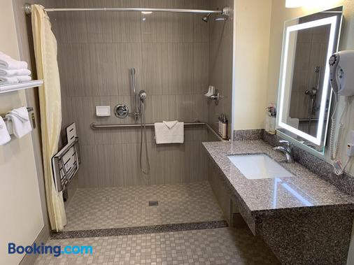 El Castell Motel - Monterey - Bathroom