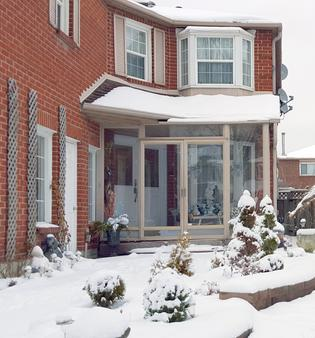 All Seasons Bed & Breakfast - Mississauga - Building