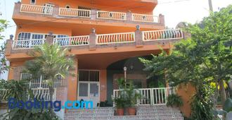 Oasis Original Hostel - Pto Vallarta - Edificio