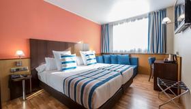 Hotel Ronda Lesseps - Bác-xê-lô-na - Phòng ngủ