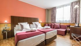 Hotel Ronda Lesseps - Barcelona - Bedroom