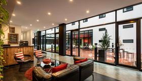 Essence Hotel Carlton - Melbourne - Lobby