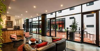 Essence Hotel Carlton - מלבורן - לובי