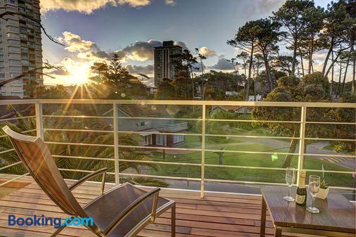 2122 Hotel Art Design - Punta del Este - Balcony