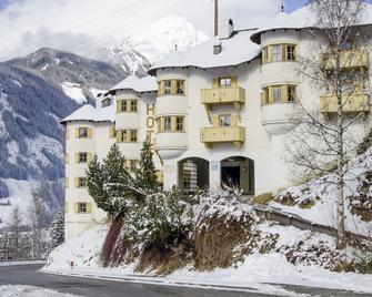 Hotel Goldried - Matrei in Osttirol - Building