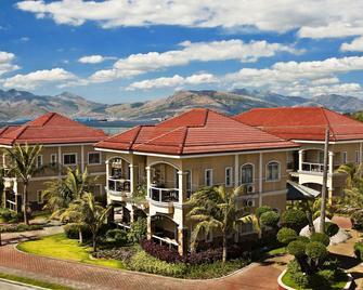 Moonbay Marina The Villas - Subic - Building