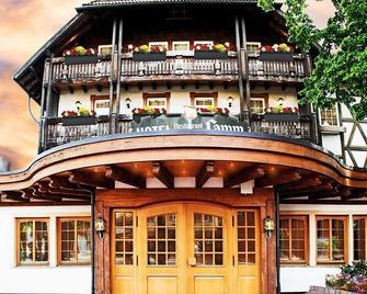 Hotel Lamm - Baiersbronn - Building