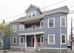 Apartments in Salem - Salem - Edificio