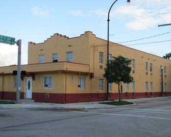 Dixie Hotel - Hialeah - Building