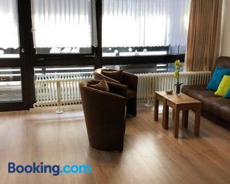 Ferienanlage Vorauf - be happy - Siegsdorf - Living room