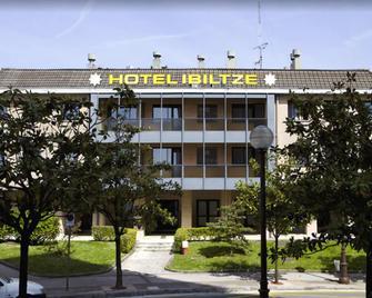Hotel Ibiltze - Lasarte-Oria - Edificio