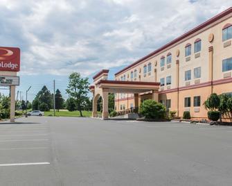 卡萊爾華美達高級酒店 - 卡萊爾 - 卡萊爾(賓夕法尼亞州) - 建築