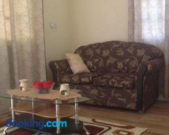 Amazon Villas - Soufrière - Living room