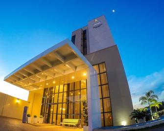 Nobile Suites Gran Lumni - Rio Branco - Rio Branco - Gebäude