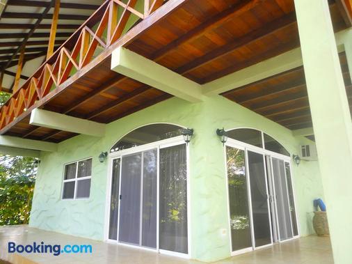 Popa Paradise Beach Resort - Bocas del Toro - Edifício