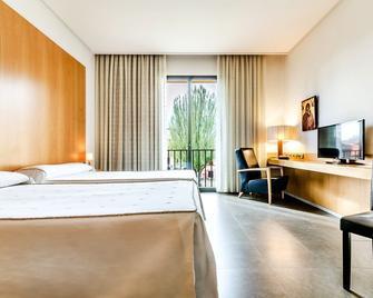 Hospedería Monástica Pax - León - Bedroom