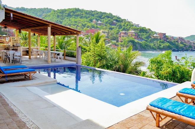 拉馬德拉平房酒店 - 芝華塔尼歐 - 錫瓦塔塔內霍 - 游泳池